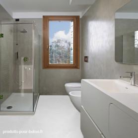 Sol en béton ciré salle de bain neutre à teinter