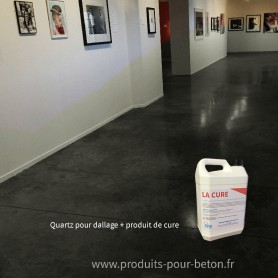 Quartz dallage plus produit de cure couleur noir