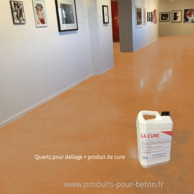 Quartz dallage plus produit de cure couleur havane.