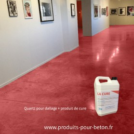 Quartz dallage plus produit de cure couleur rouge