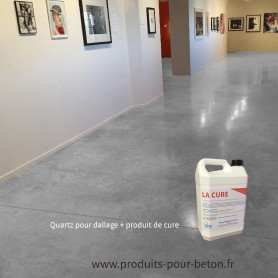 Quartz dallage plus produit de cure couleur blanc.